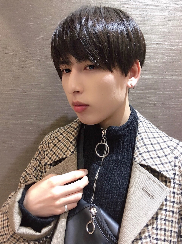 メンズ 韓国風ナチュラルマッシュヘア